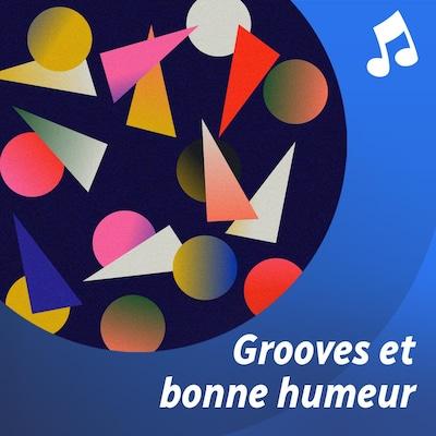 Un jeune saute dans les airs.